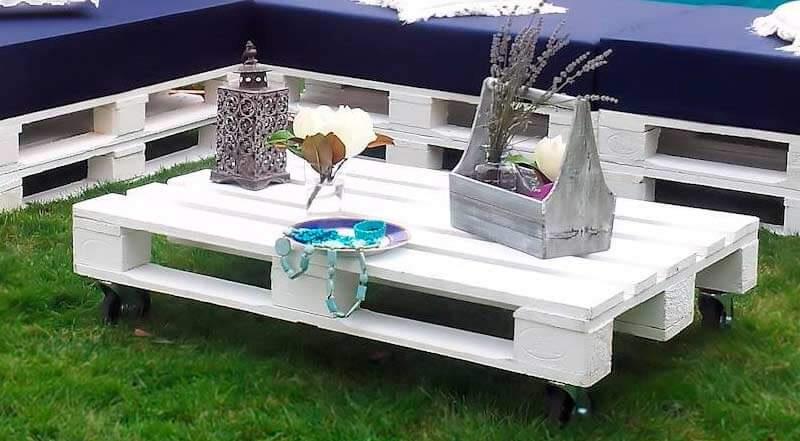 mesa de palet color blanca