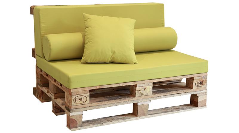 sofás hechos de palet